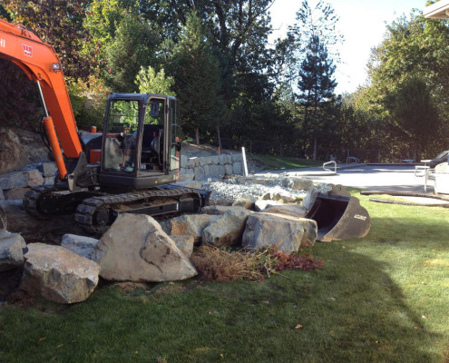Mini Excavator with Retaining Wall